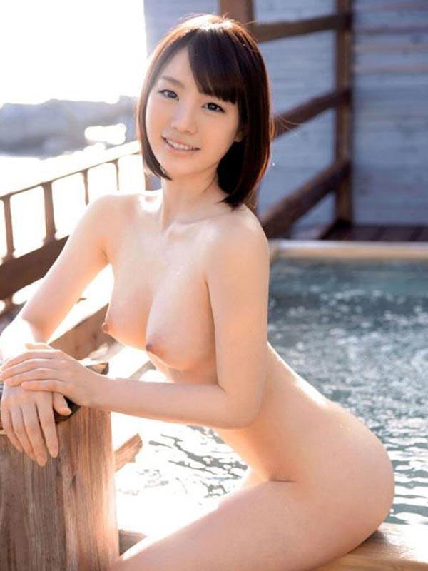 清楚に見えて淫乱な美人、鈴村あいり (12)