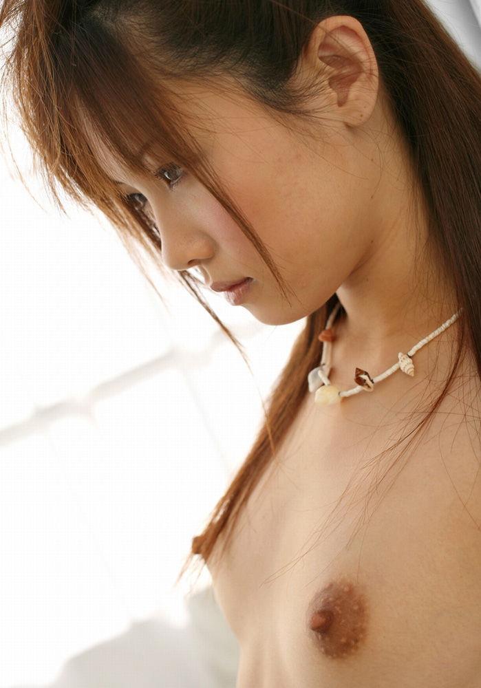 ちっちゃくてキュートな乳房が好き (5)