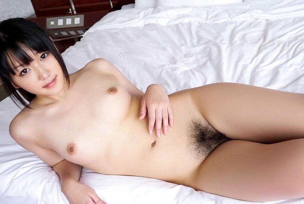 キュートなルックスで小さな乳房 (8)