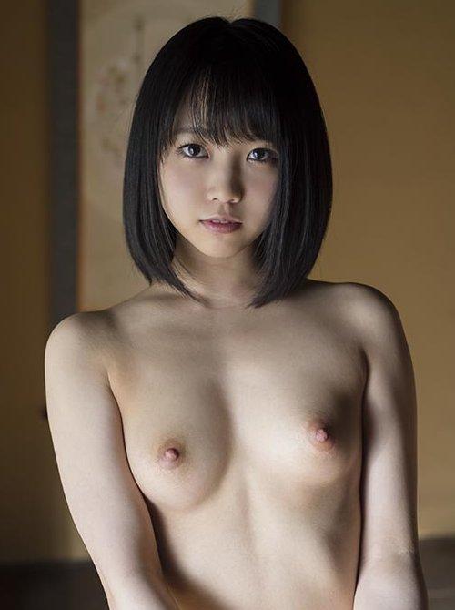 処女の美少女が初体験、戸田真琴 (1)