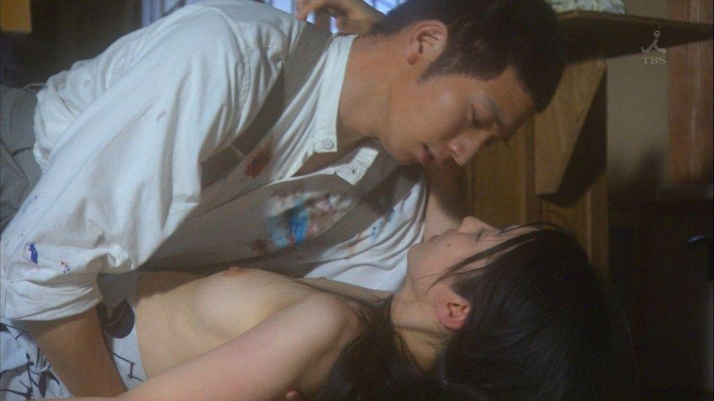 TVで映った乳房がエロい (20)