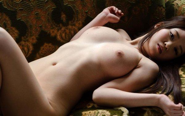 大きくて綺麗な乳房が見事な、夢乃あいか (5)