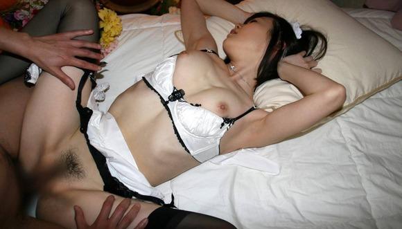 メイドコスの女の子をハメちゃう (7)