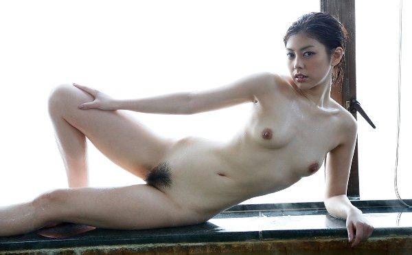 スレンダー美女が淫乱なSEX、卯水咲流 (13)
