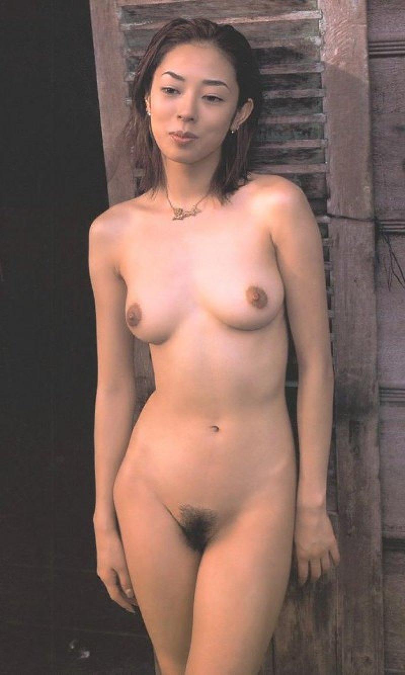 美人女優の美しい全裸 (17)