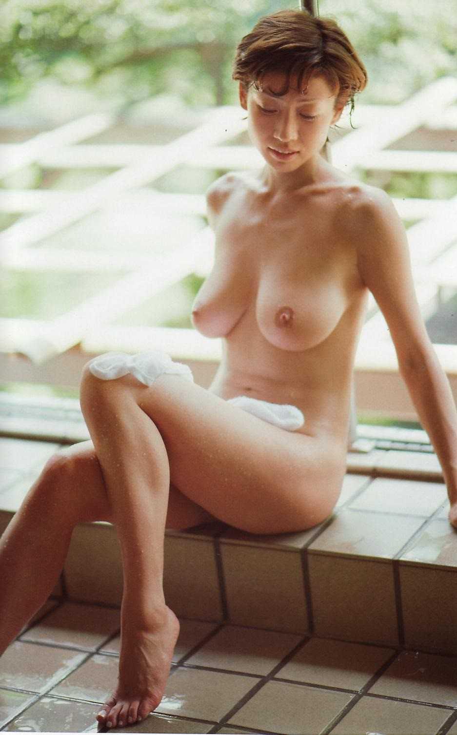 美人女優の美しい全裸 (15)