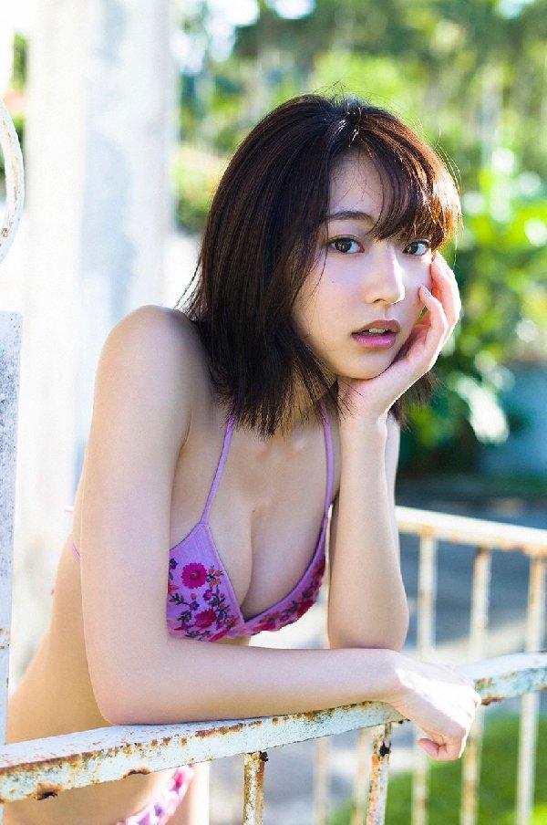 細身で可愛い期待のアイドル、武田玲奈 (4)
