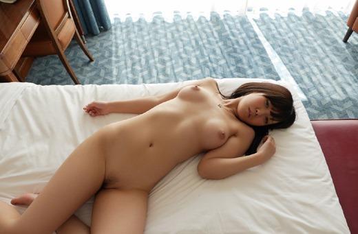 あどけない顔で激しい性行為、葉山美空 (8)