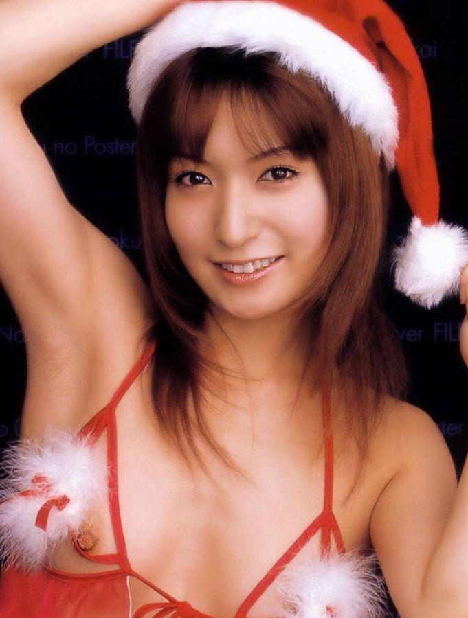 サンタクロースの格好をしたセクシー女性 (2)