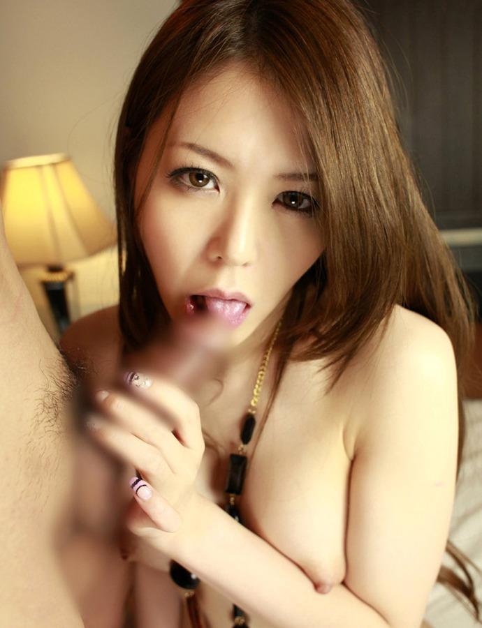 カメラ目線でペロペロ舐めまくる女の子 (6)