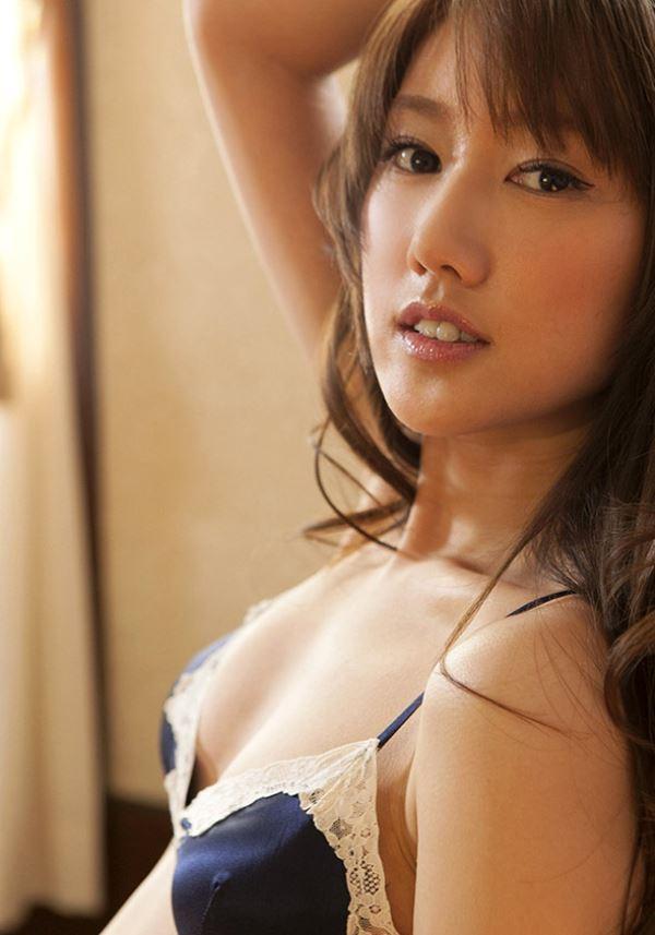 母親譲りの美人顔で細身のボディ、多岐川華子 (10)