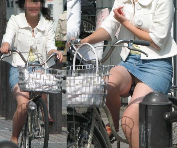 チャリに乗る女の子はパンツに注意 (8)