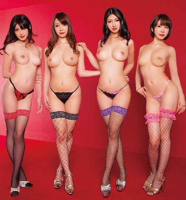 デカい乳房の女の子ばかりを集めると壮観な光景になる (4)