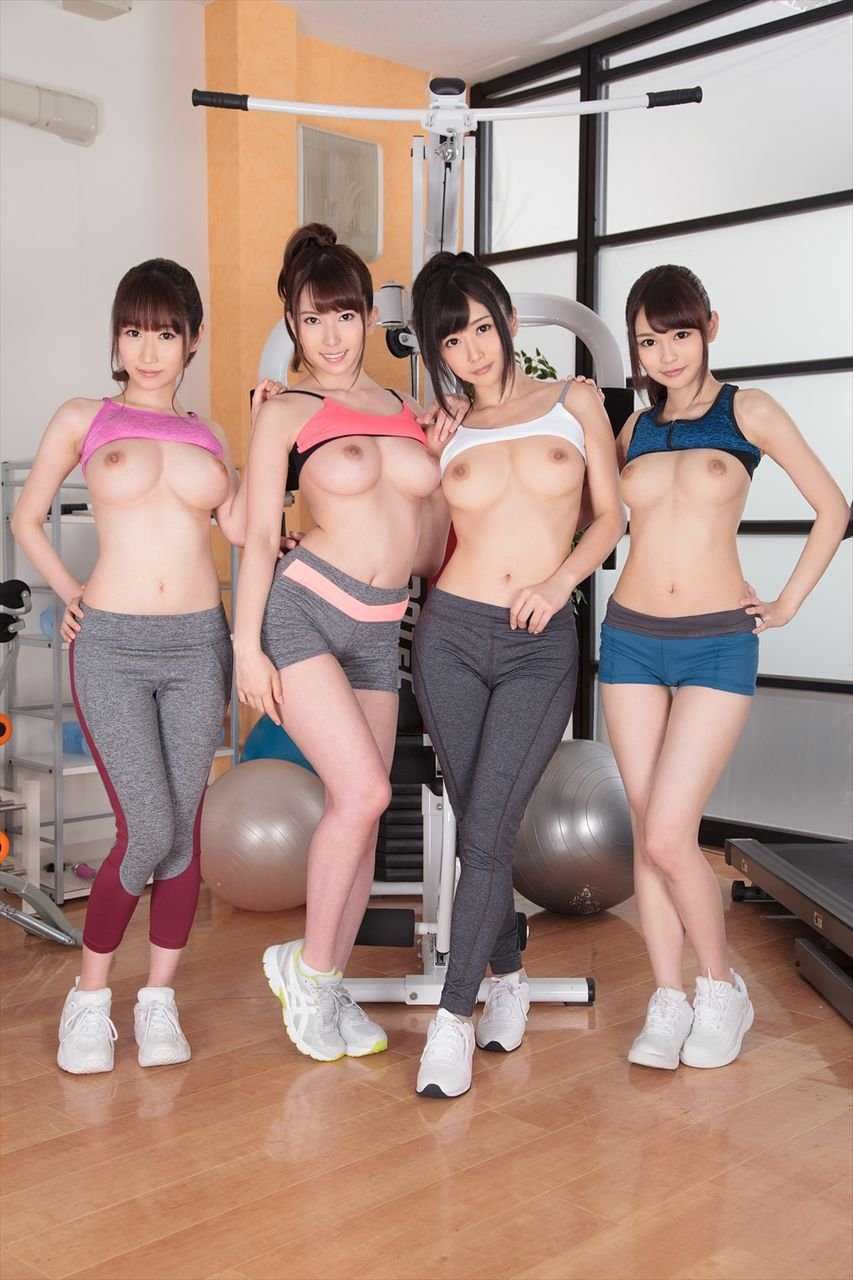 デカい乳房の女の子ばかりを集めると壮観な光景になる (14)