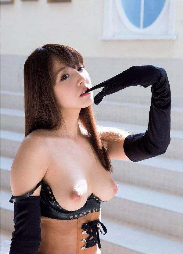 有名アイドルがAVに転向してハメまくる、三上悠亜 (2)