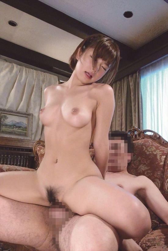 キュートな女の子が淫乱なSEX、紗倉まな (20)