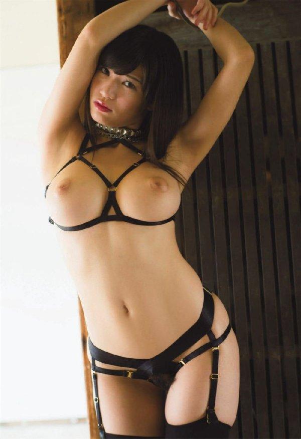 グラビアアイドルからAVに転向した美乳美少女、高橋しょう子 (6)