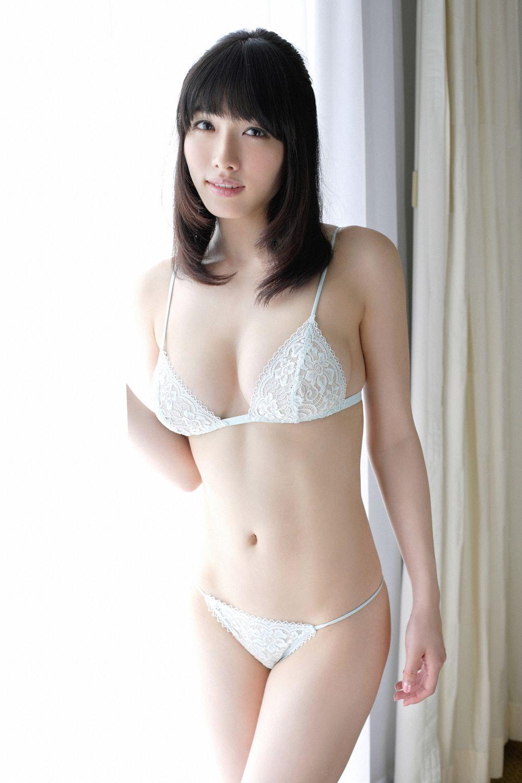 限界まで脱いで裸を披露する、今野杏南 (4)