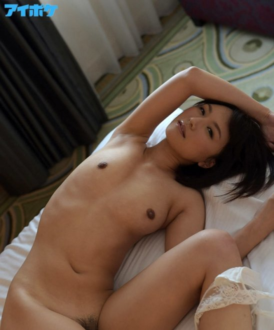 現役ナースが激しいセックスでイッちゃう、夏川あかり (13)
