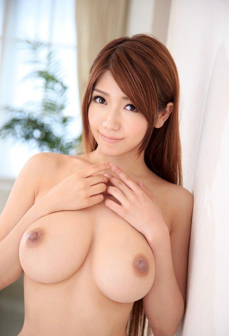 綺麗なフォルムの乳房が自慢のオッパイ (20)