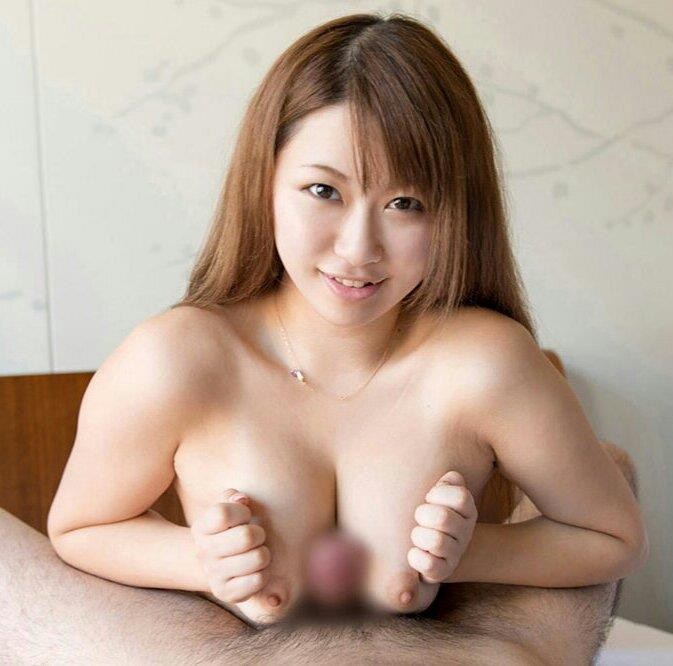 デカい乳房に挟まれたままフィニッシュしたい (18)