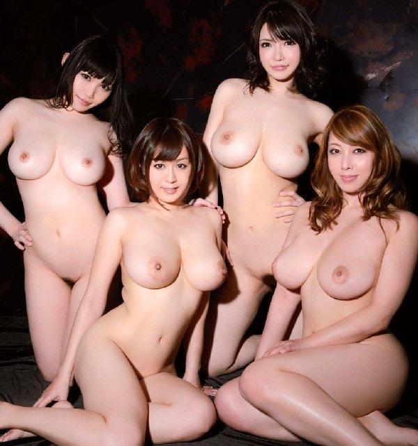【H,エロ画像】女の子たちが集団でお乳を見せる☆これがお乳の楽園www ほか