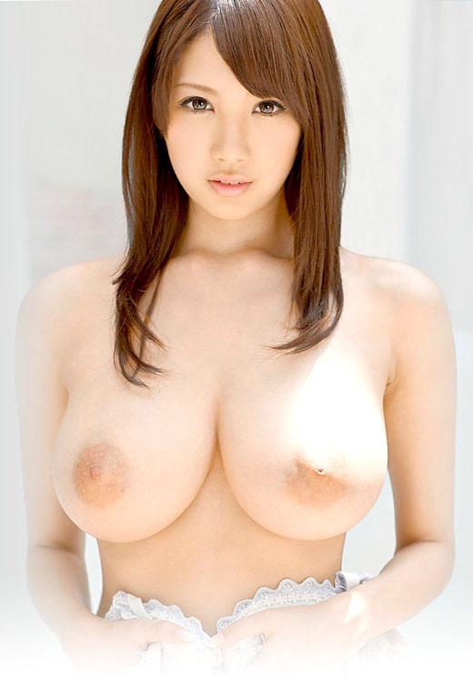 乳房がデカくて美しくて触ってみたい (6)