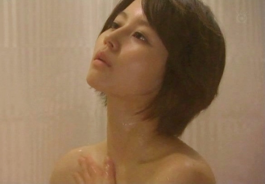 温泉や風呂に入るアイドルや女優がセクシー (7)