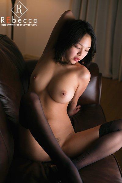 モデル体型でデカパイの美人が激イキ、南真菜果 (11)
