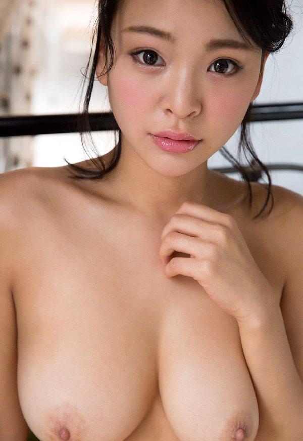 モデル体型でデカパイの美人が激イキ、南真菜果 (8)