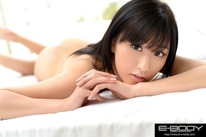 絶品ボディで濃厚SEXを繰り広げる、美竹すず (9)