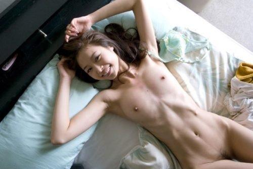 細身の体で激しいSEXをする、夏目彩春 (9)