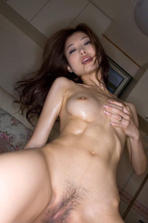 細身の体で激しいSEXをする、夏目彩春 (8)
