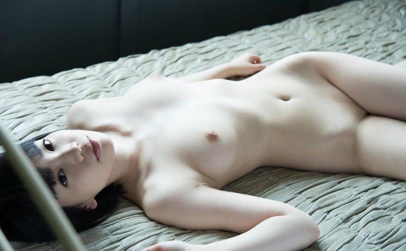 大きな乳房を揺らして豪快SEX、鈴木心春 (7)