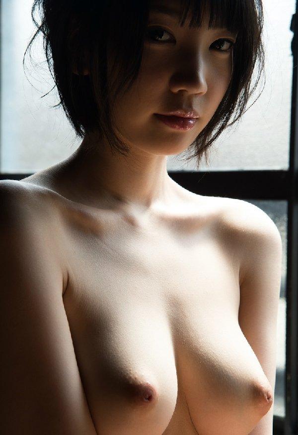 大きな乳房を揺らして豪快SEX、鈴木心春 (4)