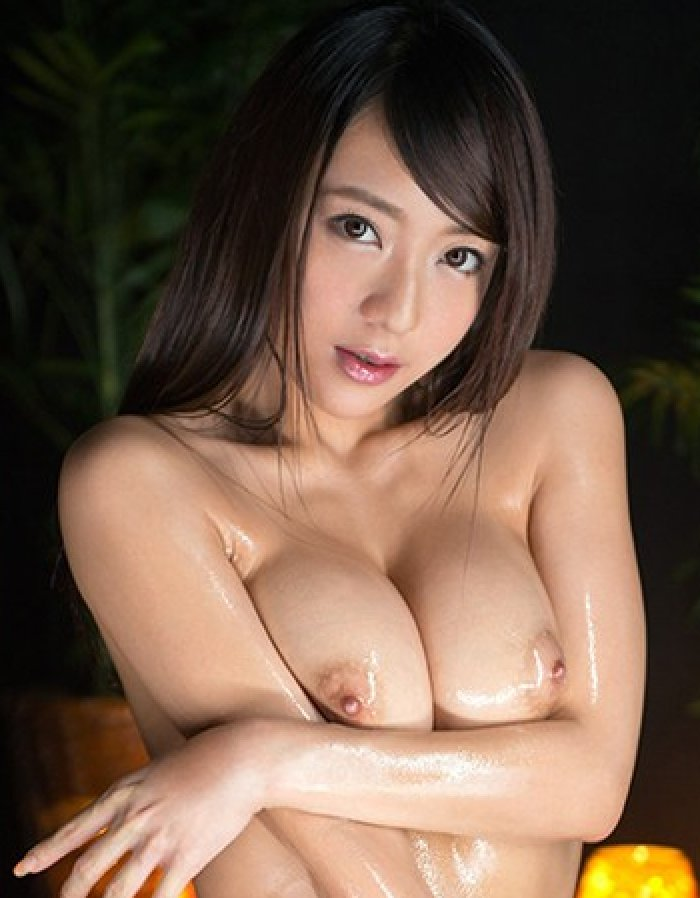 香椎りあ、Fカップ美巨乳のセクシーボディに生中出しセックス