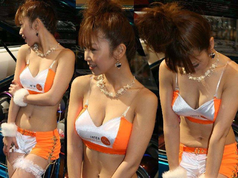 綺麗なコンパニオンたちのエロ衣装 (15)