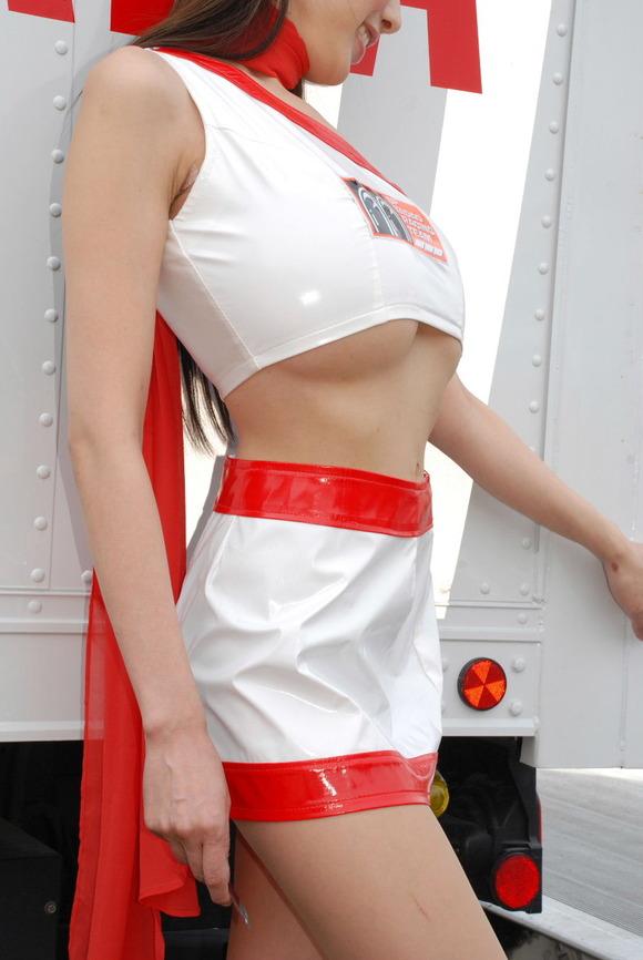 綺麗なコンパニオンたちのエロ衣装 (8)