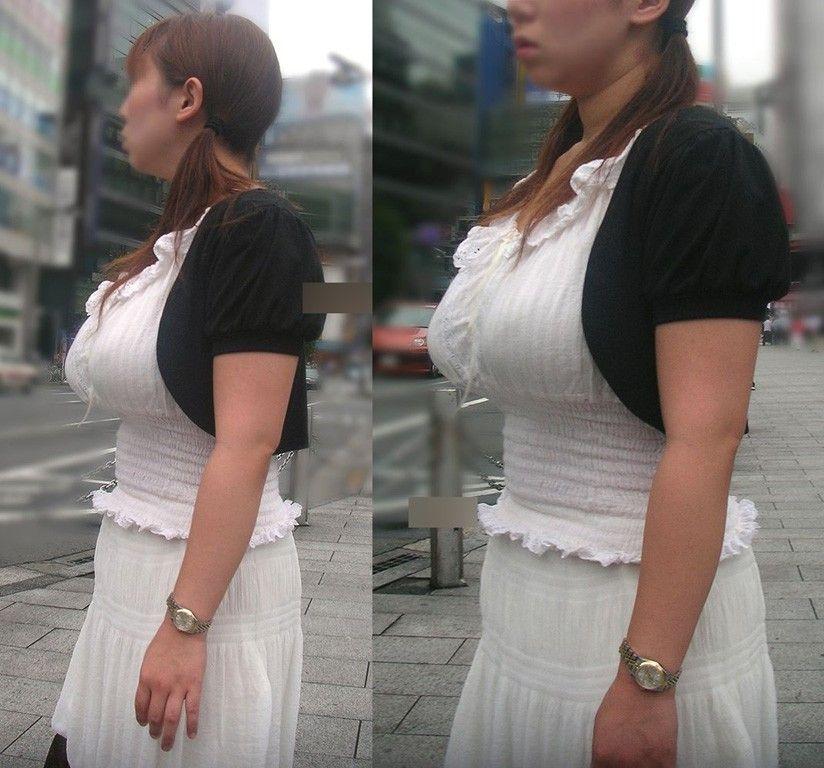 デカい乳房に圧倒される街撮り (7)