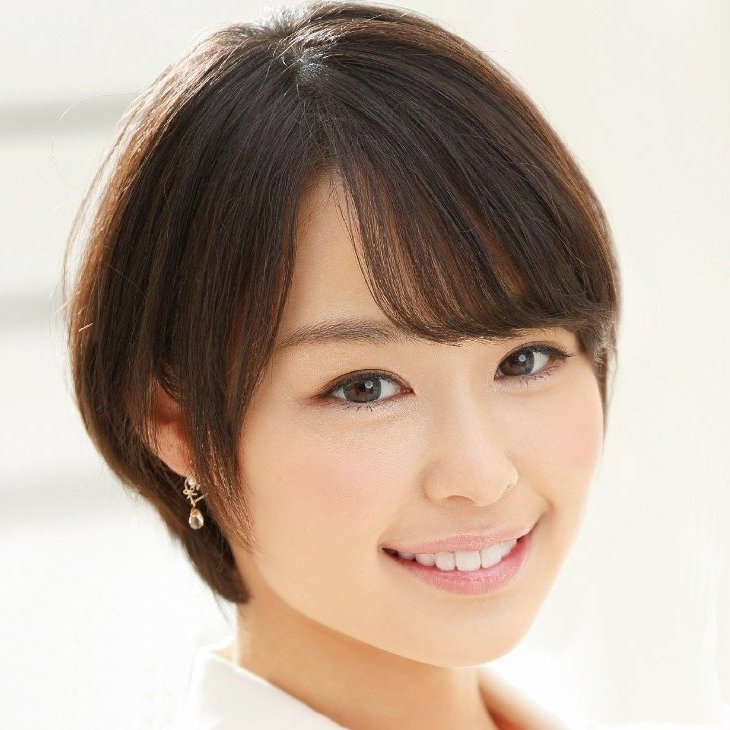 笑顔も可愛い清純少女が淫乱女に変貌、堀北さくら (1)