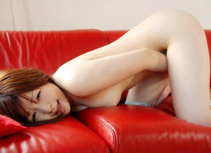 振動を使ってマスターベーションする女の子 (6)