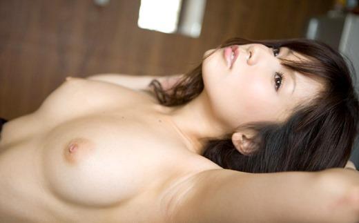 綺麗な色の乳頭をペロペロしたい (16)
