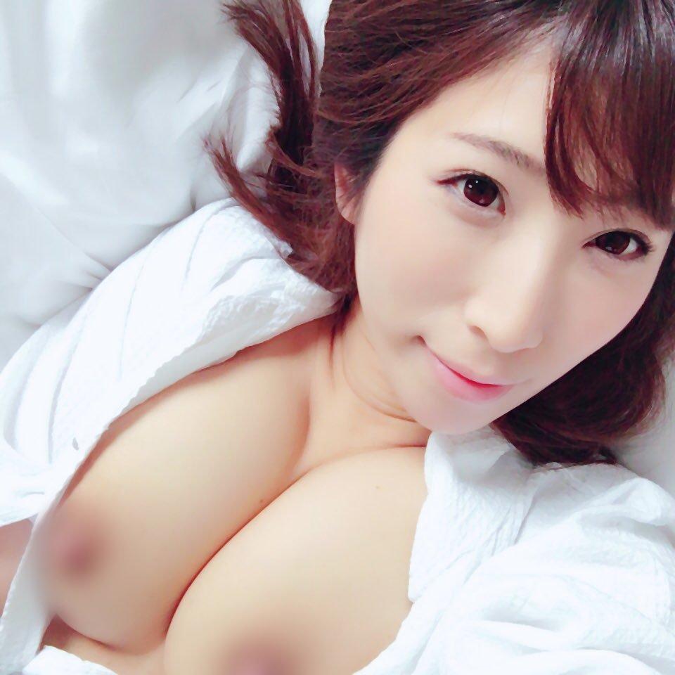 巨乳の奥様が性欲を満たすためにハメまくる、彩奈リナ (7)