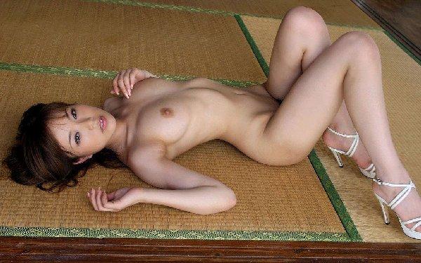 美しい乳房と素敵な乳首 (10)