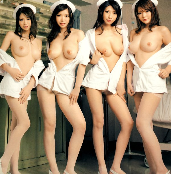 デカい乳房が何個も同時に見れちゃう (14)