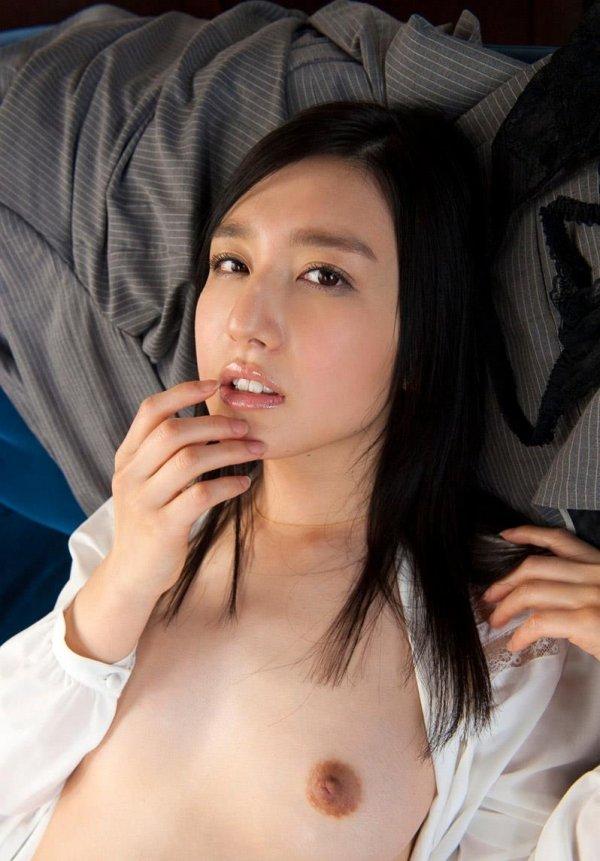 お嬢様のようなルックスで激しいSEXをする、古川いおり (10)