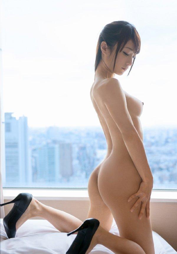 若奥様が見知らぬ男にハメられる、朝日奈るみな (3)