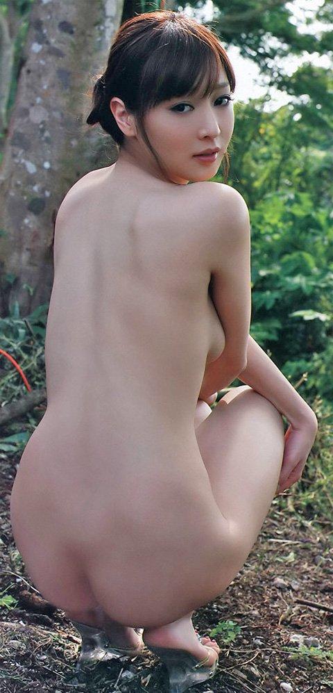 アイドルの生の美尻が眩しいくらいにエロ綺麗 (20)