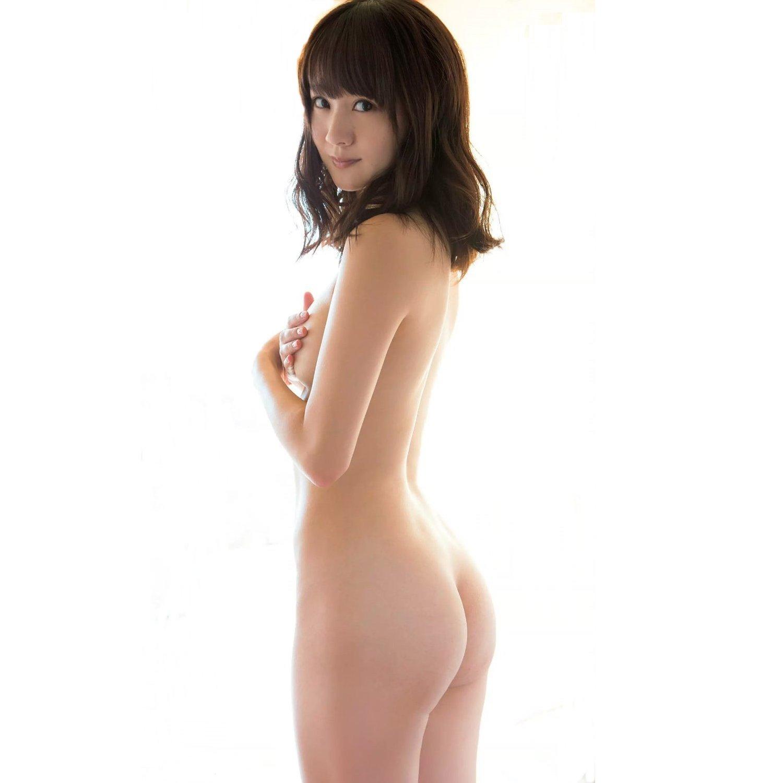 アイドルの生の美尻が眩しいくらいにエロ綺麗 (1)