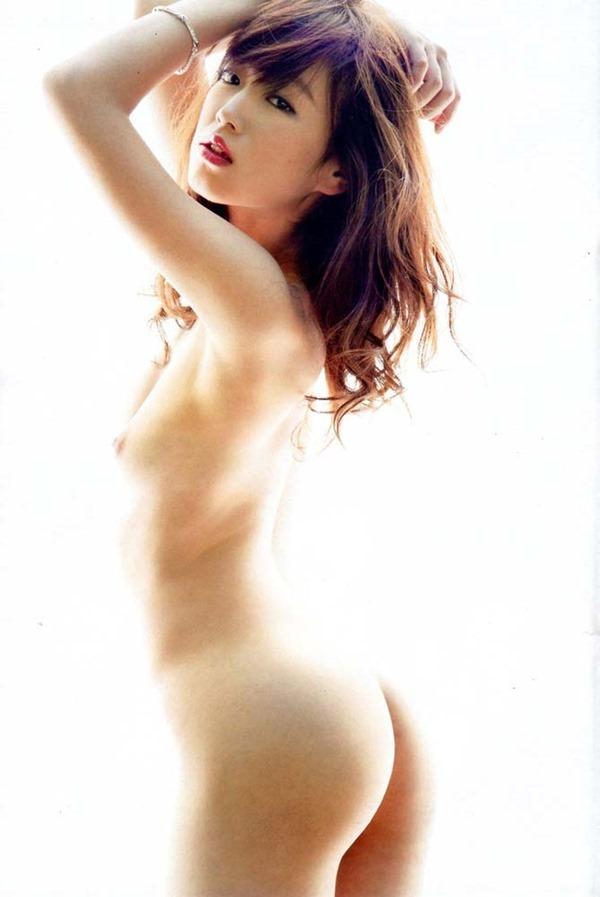 美しい芸能人の全裸に見惚れちゃう (12)